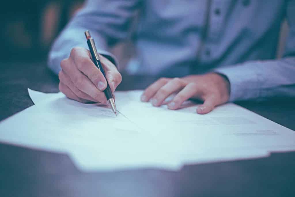 Como fazer contrato de trabalho