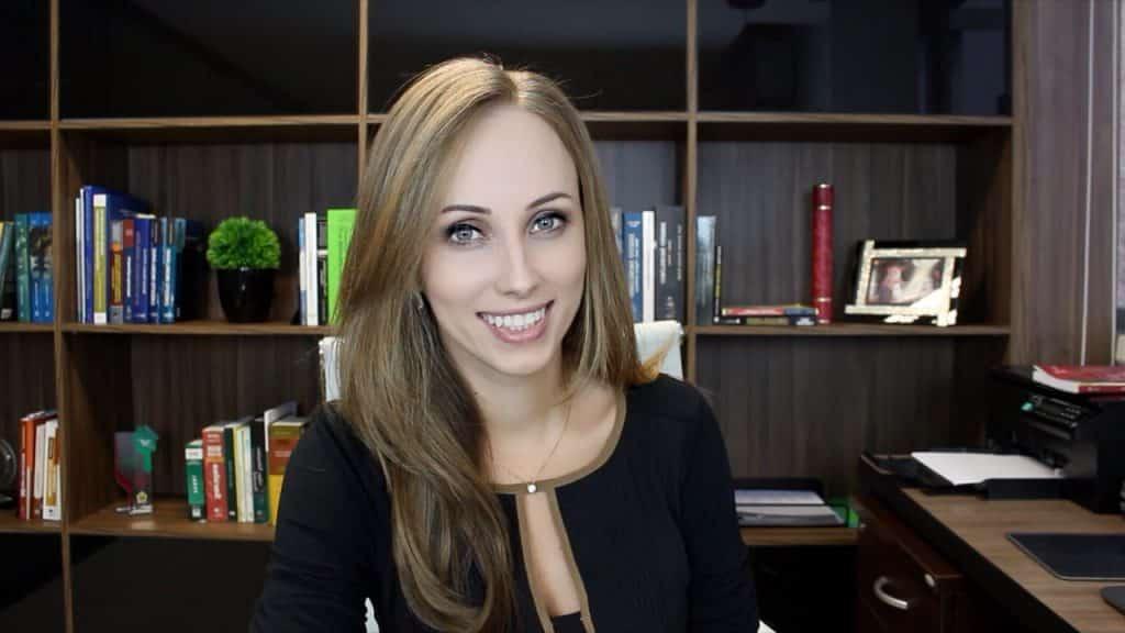 Review da cliente: Como a Mariana Gonçalves faz seu controle de processos judiciais com o Astrea