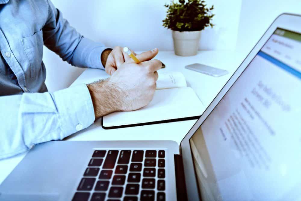 Saiba como criar e usar modelos de documentos jurídicos