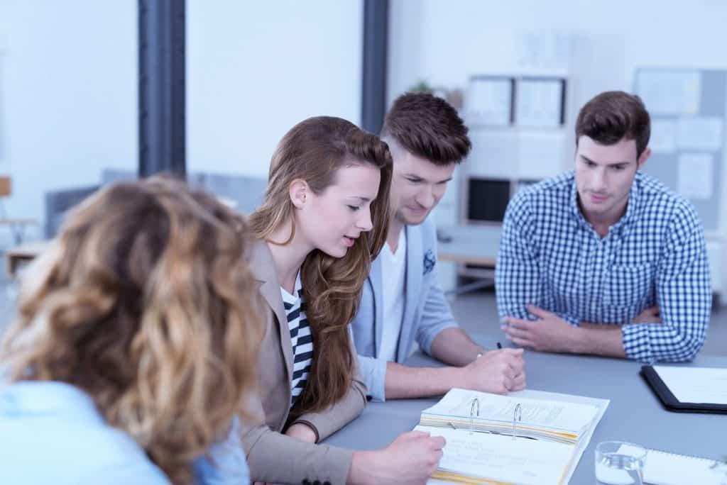 Participação na OAB: Conheça os benefícios para o jovem advogado