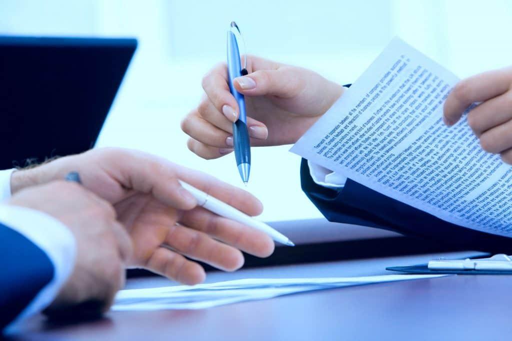 Diferenças entre sursis processual e penal, seus requisitos e consequências