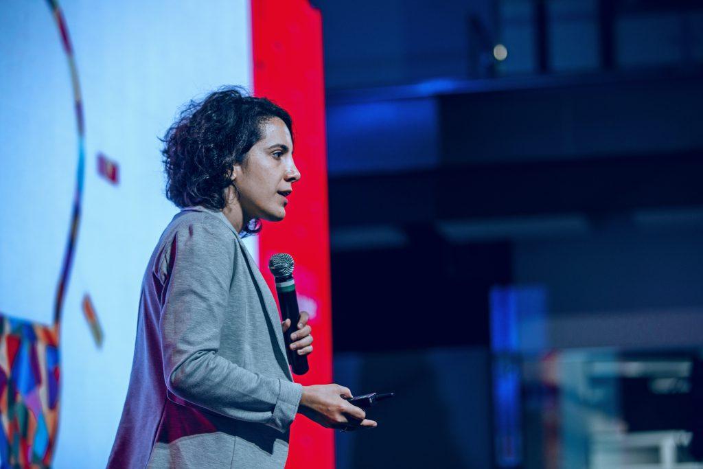 Rosine Kadamani - Blockchain e novas tecnologias para advogados